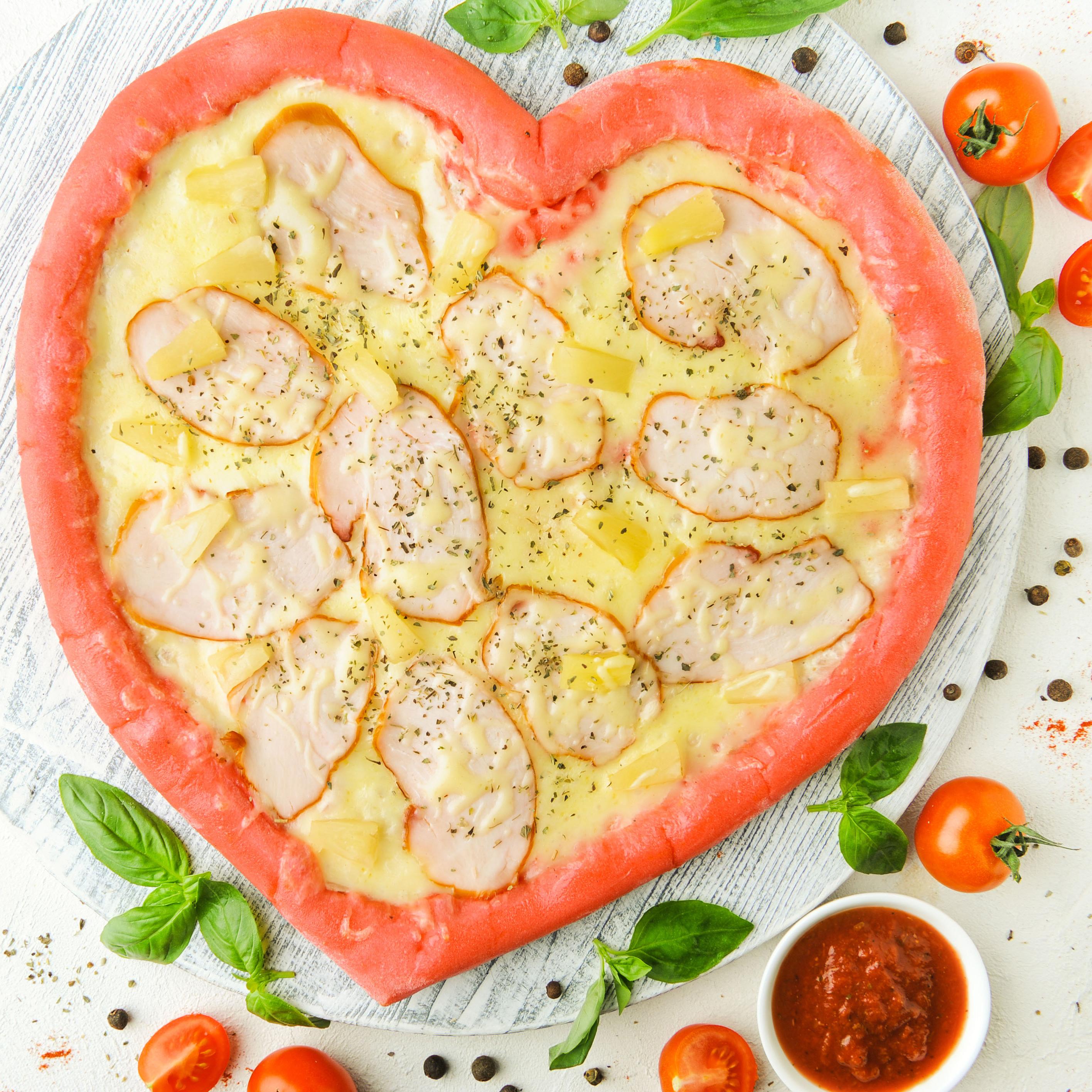 Пицца-сердце Гавайская (не более 1 шт в один заказ)